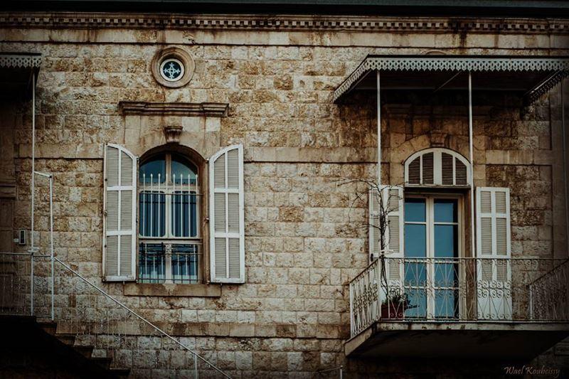 traditional old lebanese house balcony door window stone home ... (Jounieh - Lebanon)