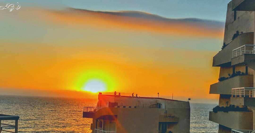 sunset sunsetlovers sunsetlove monsef castelmare sea lebanon ... (Castle Mare)
