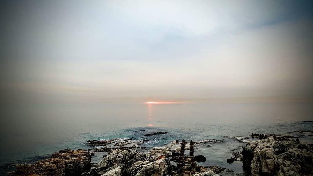 sunset sunsetlovers sunsetlove amchit puncho jbeil lebanon veiw ... (Amchitt, Mont-Liban, Lebanon)