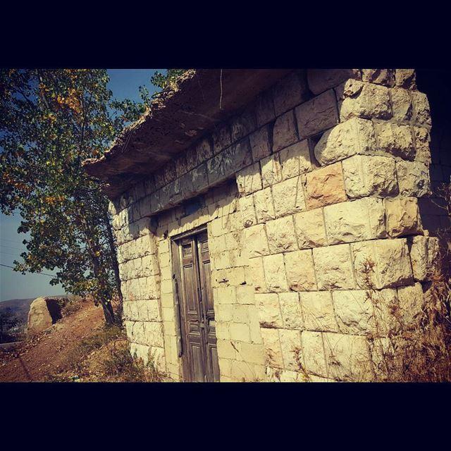 lebanon lebanonisbeautiful lebanoninstagram lebanon_hdr tarchich ... (Tarchich)