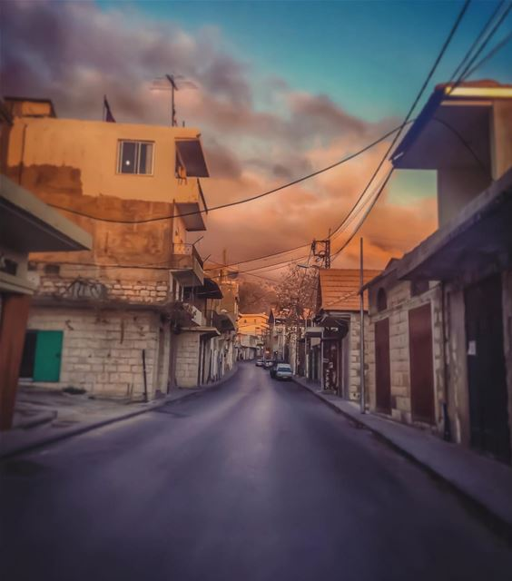 ... & I miss you 🎶 like Ehden streets miss the summer 🍂🌞🍁☁️... (Ehden, Lebanon)