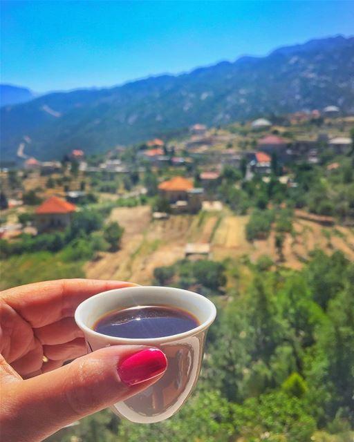 Good morning 🌹🏡🌹it's coffeetime ☕️... (Douma, Liban-Nord, Lebanon)