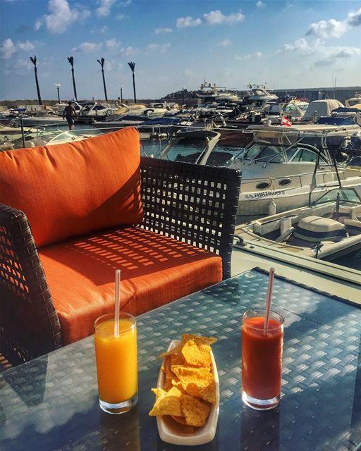 The sun shining so bright after the rain ☔️🌞🍹🌊⚓️... (Marina Cafe LB)