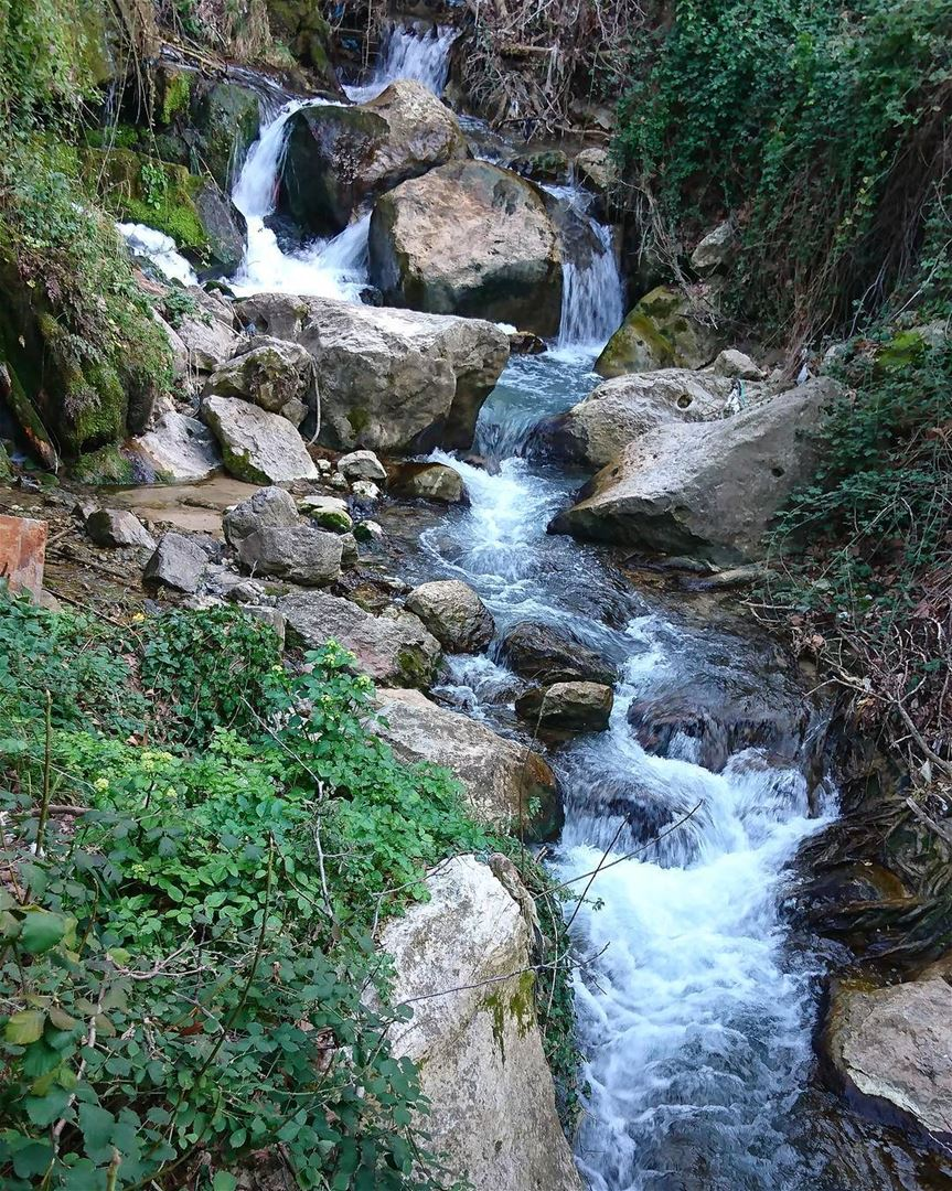 Take a breath Just let goLust n love  nature  beauty  river... (Nabe3 bater Al chouf)