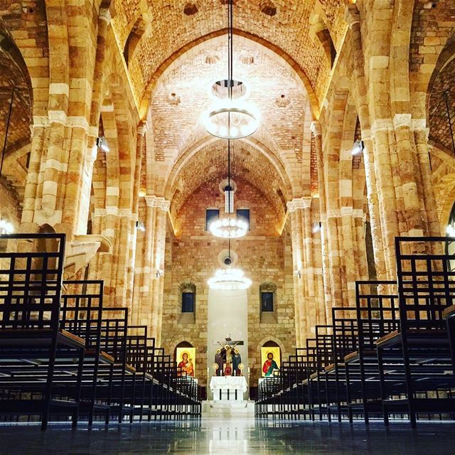historic cathedral pillars lights architecture archilovers ... (Beirut, Lebanon)