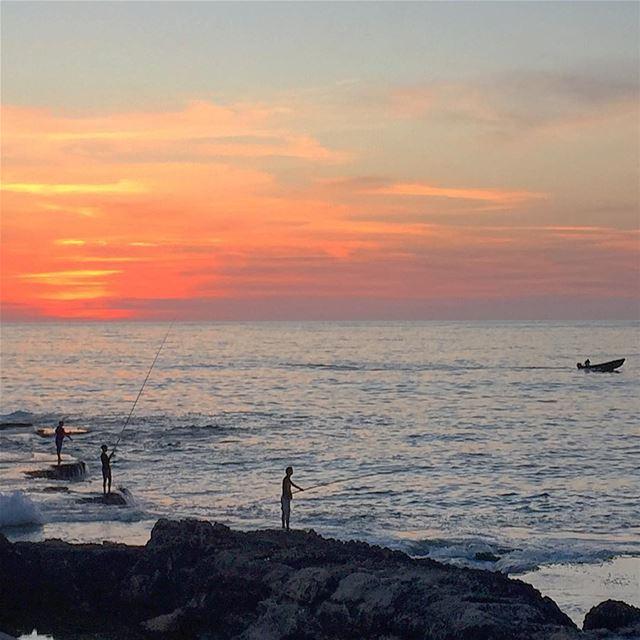 sunset sea fishing boat nature naturelovers naturecolors ... (Beirut, Lebanon)