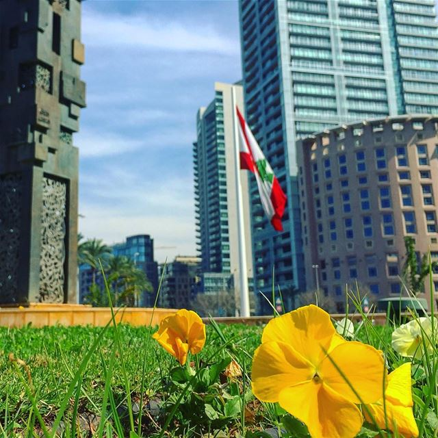 sunday walk hd_lebanon livelovebeirut livelovelebanon insta_lebanon ... (Beirut, Lebanon)