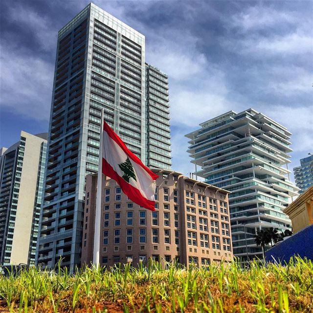 sunday walk flag architecture archilovers blue sky cloudporn city... (Beirut, Lebanon)