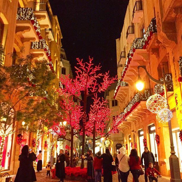 Christmas spirit decoration crowd colors igers igdaily igaddict ... (Beirut Souks)