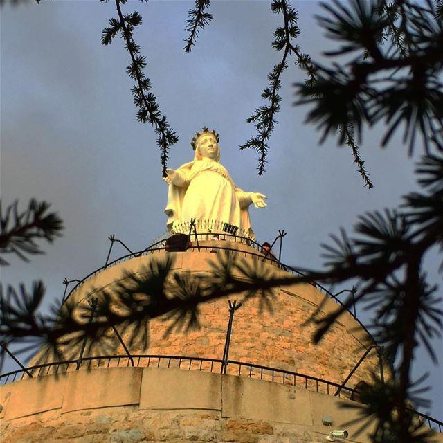 virginmary statue harissa sculpture religion spirituality ... (Harisa, Mont-Liban, Lebanon)