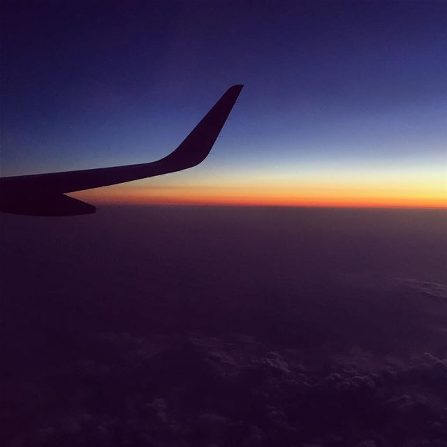 sunset airplane picture Moscow Beirut Russia Lebanon wing ... (Moscow, Russia)