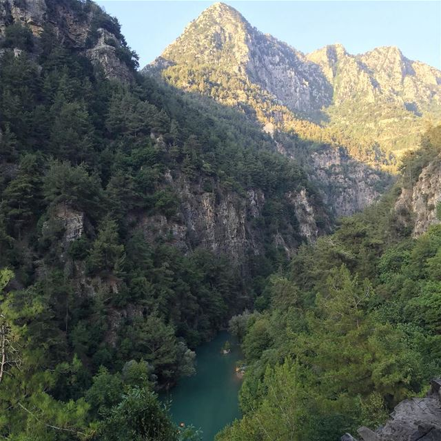 Chouwen camping nice time friends nature landscape mountains lake... (Chouwen)