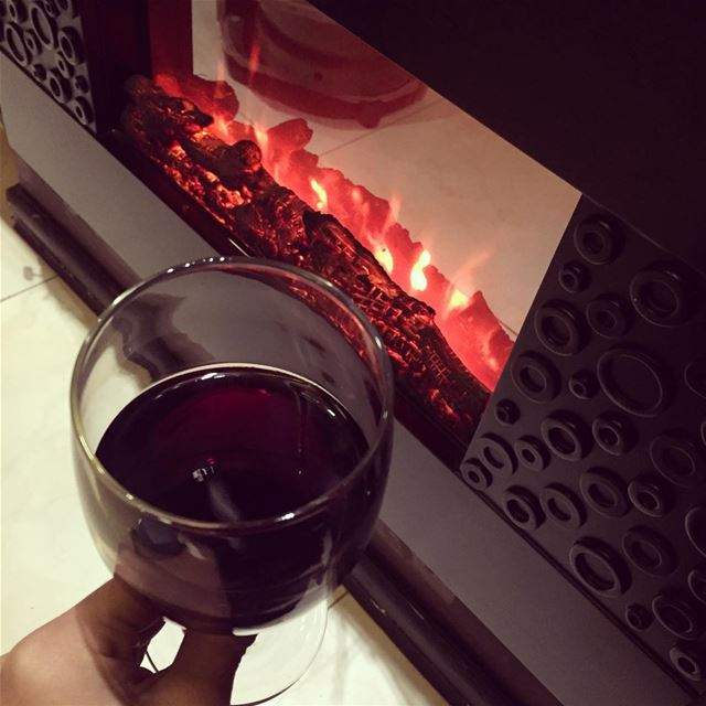 A glass of wine / day is a must 🍷Resveratrol helps burning your extra...