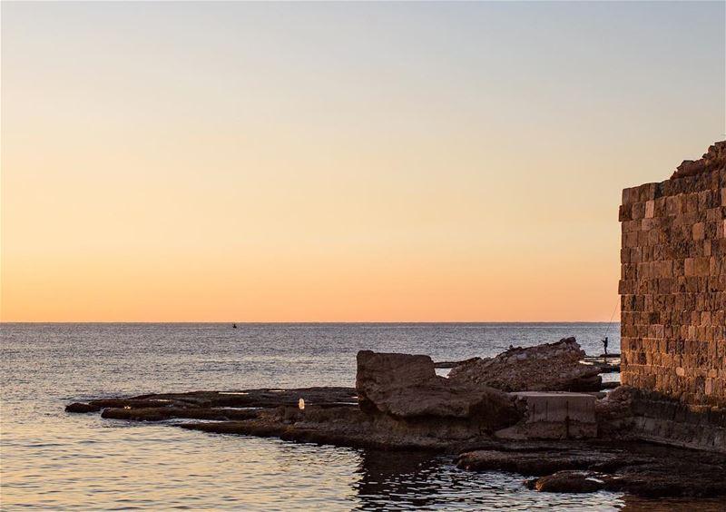 Sunset in Byblos be like... 💛_ HebdoTravels HebdoInLebanon Byblos ... (Byblos, Lebanon)