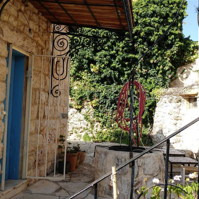 Traditional house with the well (beer)in the backyard. well watersupply ... (Ad Dibbiyah, Mont-Liban, Lebanon)