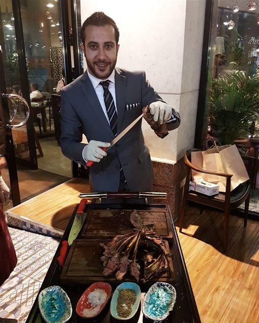 The pleasure cutting the meat @thebosporus  pleasure  beautiful  meat ... (Bosporus Turkish Restaurant Wafi Mall)
