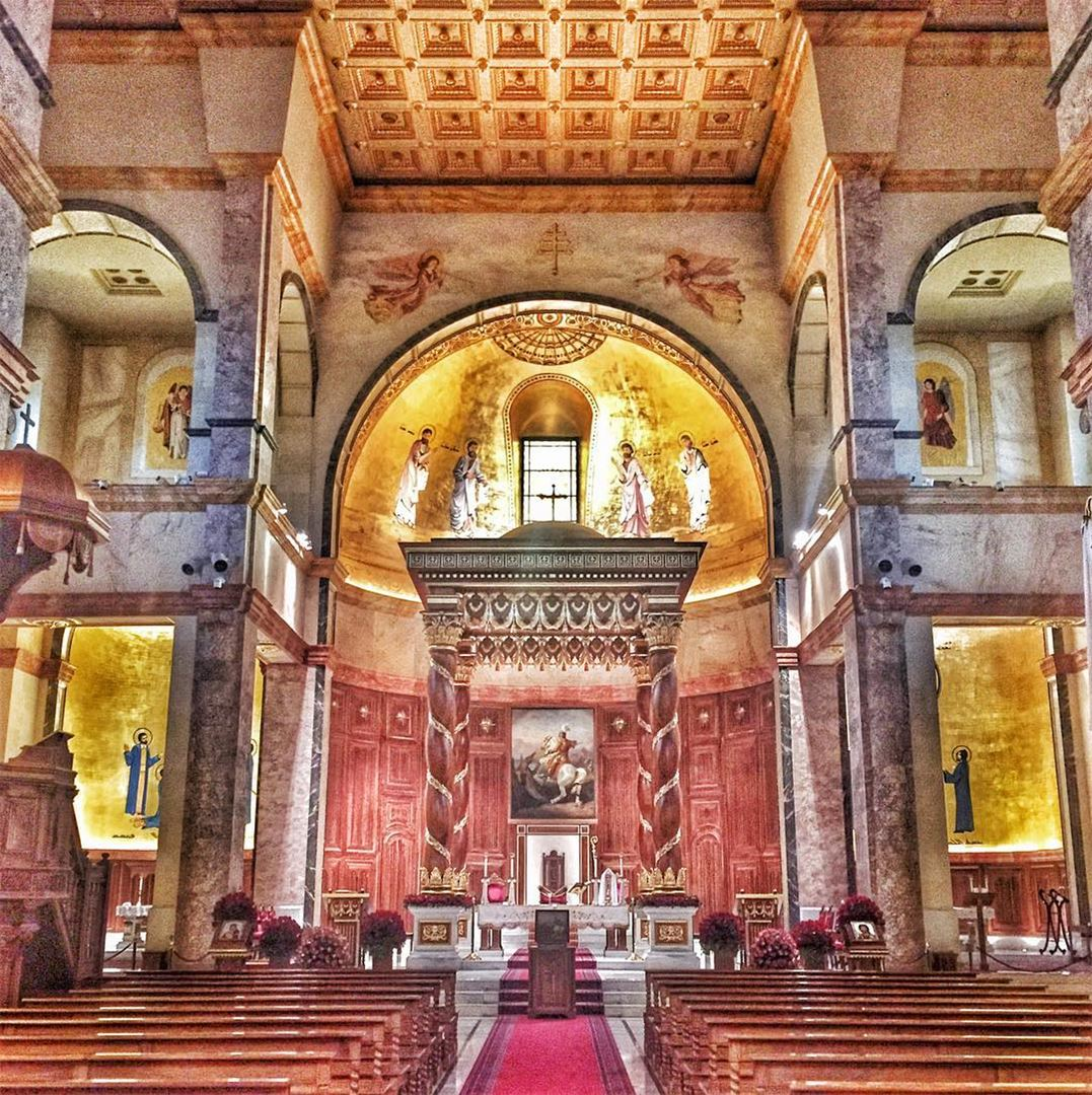 The triumph of Good over evil 🙏 Happy Saint Georges's day ✨✨🙏✨✨... (Saint Georges Cathedral)