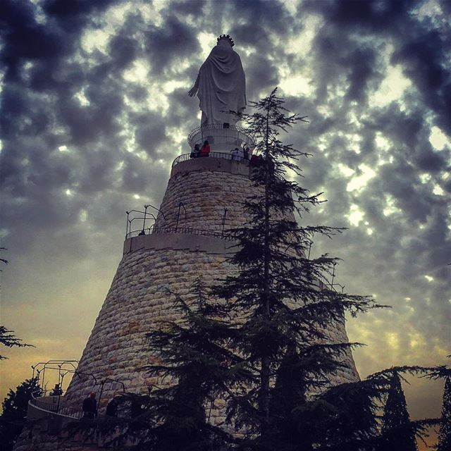 Wishing you a beautiful evening ✨______________________________________... (The Lady of Lebanon - Harissa)