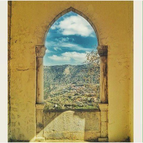 Dhoûr Ech Choueïr , Mont-Liban .