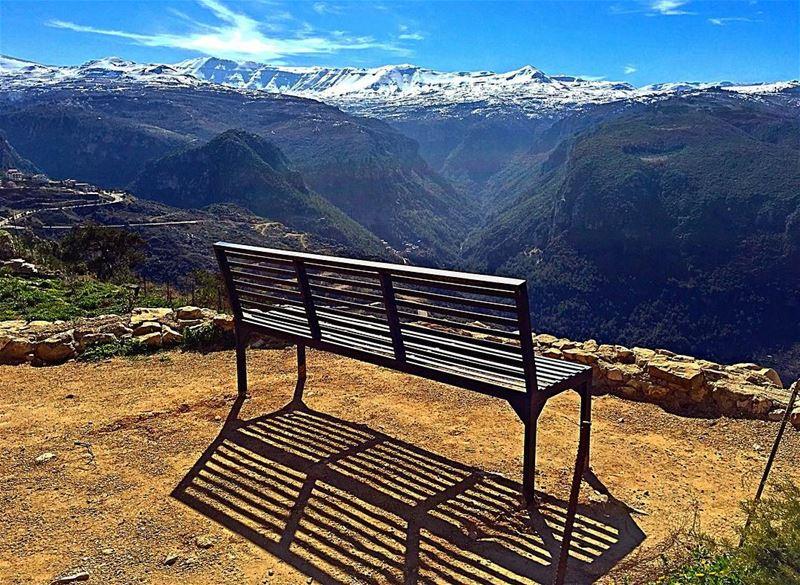 Thinking out loud 🎶🌹❄️___________________________________... (Aïtou, Liban-Nord, Lebanon)