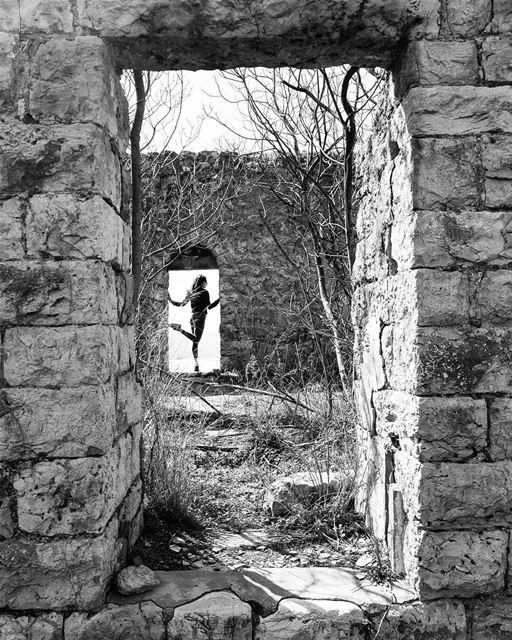 ~ Abandoned 🏚 ~... Lebanon abandoned house oldhouse ... (Ain Treize)