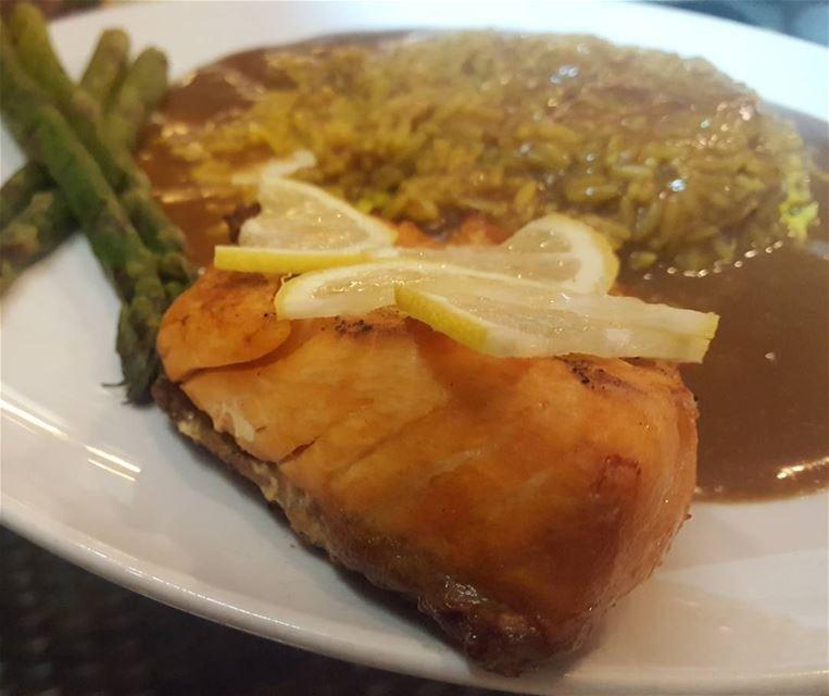 batroun restaurants marguerita salmon bebatrouni lebanon ... (La Marguerita)