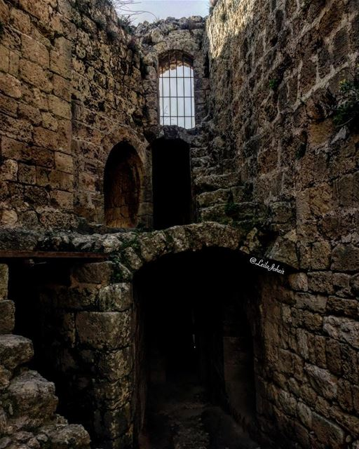 livelovearchitecture lebanontimes lebanonspotlights lebanonweekly ... (Msaylha Castle)