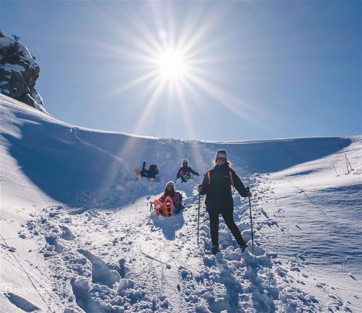 ❄️🌞Fun in the sun🌞❄️ snowshoeing mountains lebanon ..... ... (Ehmej, Mont-Liban, Lebanon)