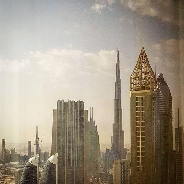 Stunning morning view fom @millenniumplazahoteldubai صباح_الخير ... (Millennium Plaza Hotel Dubai)