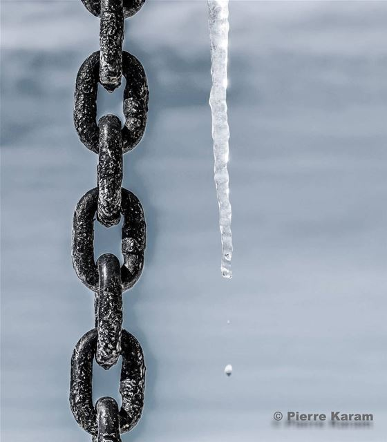 ice  melting  steel  chain  water  droplets  lebanon  lebanese ...