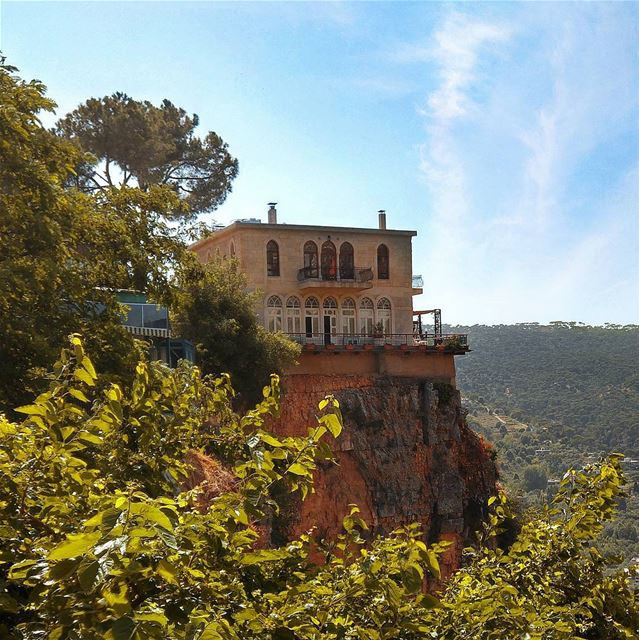 Beautiful house in Jezzine 😍 lebanon nature naturelovers natureporn ... (Jezzîne, Al Janub, Lebanon)