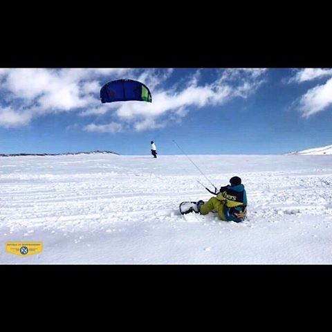 Live free. 🦅🤘🏼 republicofsnowboarding snowkite snowboard ... (Lebanon)