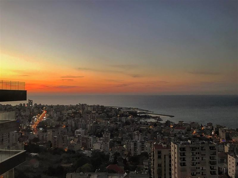 Can't get bored of this view• lebanonpassion beautifullebanon ... (Joünié)