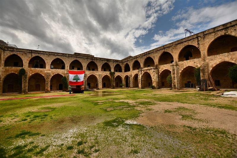 lebanon saida nikon📷 photography aroundtheworld oldplaces ... (خان الافرنج)
