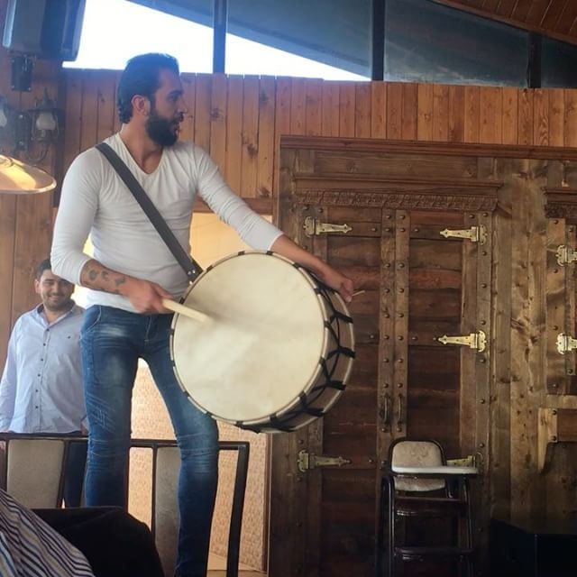 Lebanon vallvei vallveirestaurant lebaneserestaurant livemusic drum ... (Vall Vei Restaurant)