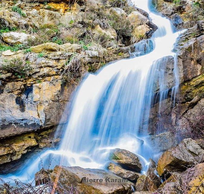 qartaba waterpower waterfall longexposure picture water lebanon ... (Qartaba)