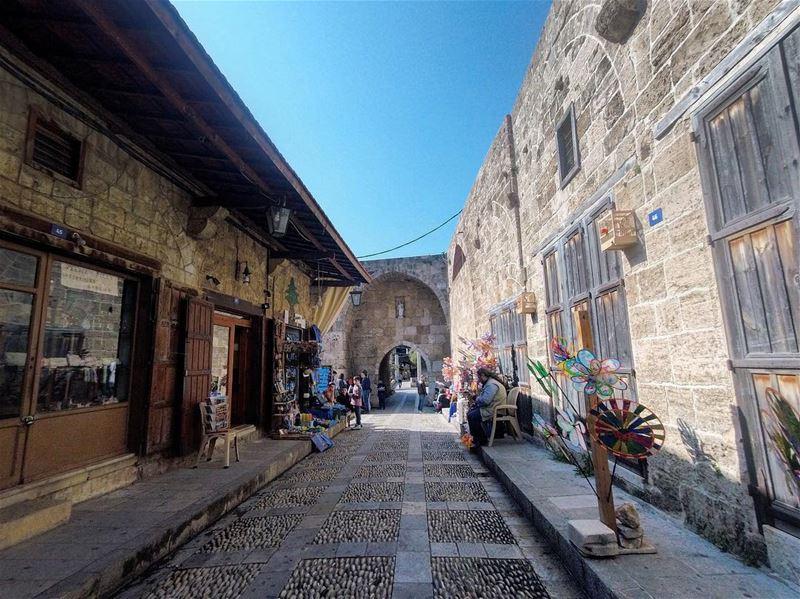 The Old Souk Of Jbeil 🇱🇧🌲🇱🇧 lebanon lebanon_hdr byblos jbeil ... (Byblos, Lebanon)