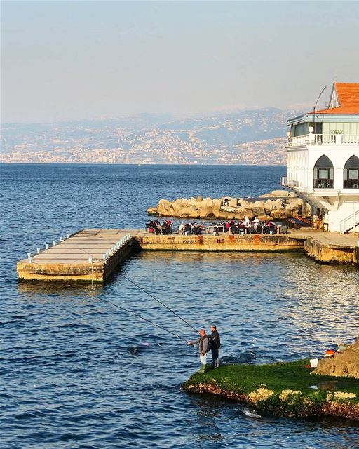 ... Options for a sunny Sunday afternoon; fishing, sitting in a café or a... (Beirut, Lebanon)