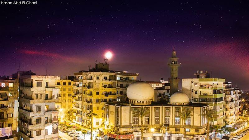مساء الخير من طرابلس القبة 🖤 الصورة ليلة أمس :-) tripoli ...