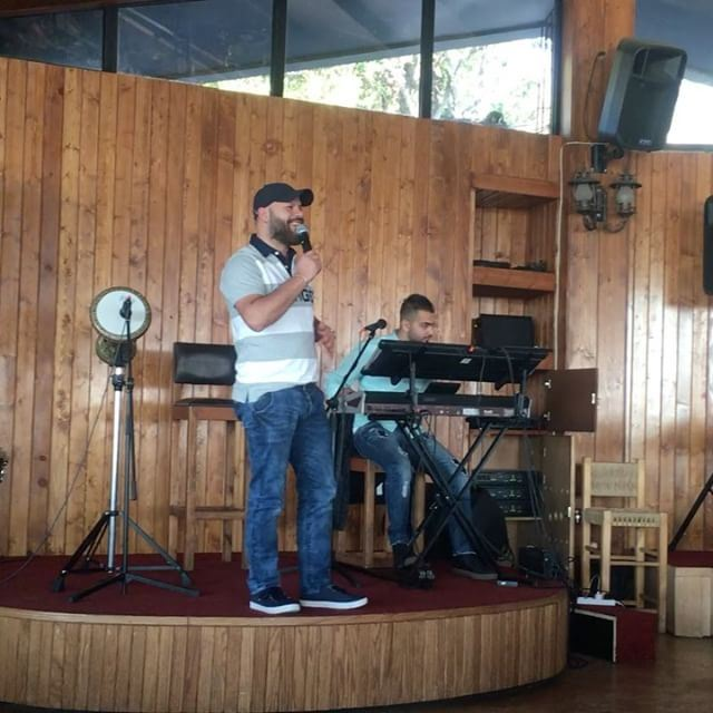 lebanon vallvei vallveirestaurant livemusic drum livesinging ... (Vall Vei Restaurant)