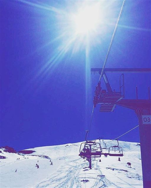 Reaching for the sky 🌞 ski skiingslope skilift zaarour funday ... (Zaarour)