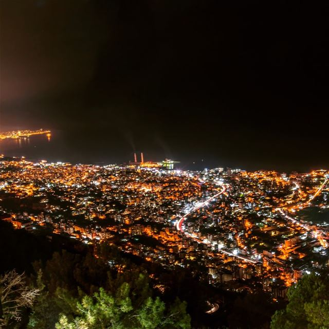 Swipe right to see pano harissa jounieh lebanon night longexposure ... (Harîssa, Mont-Liban, Lebanon)