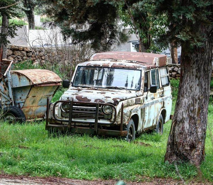 G-Wagon parkings only @livelovemarjeyoun (Marjayoûn, Al Janub, Lebanon)