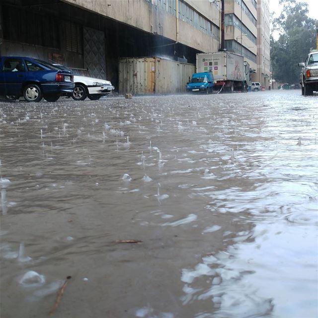 Current situatiom in beirut livelovebeirut livelovelebanon Lebanon ... (Burj Hammud)