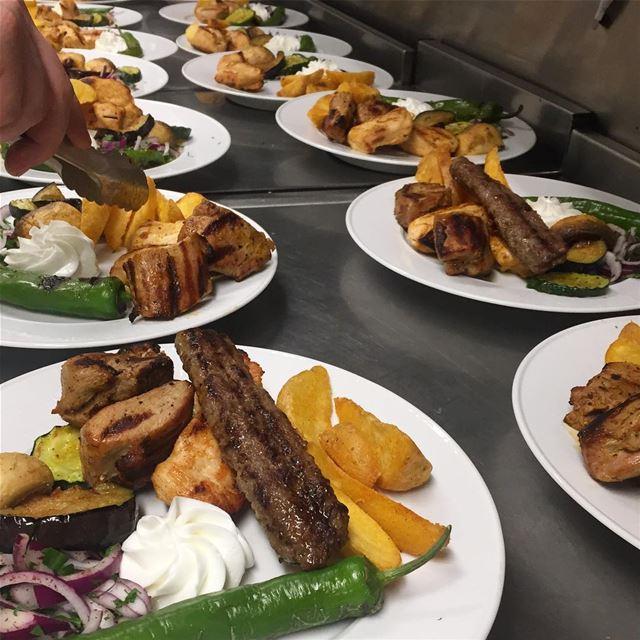 En bild på varmrätten från gårdagens bröllopsmiddag 🍴| catering ... (Norrköping, Sweden)