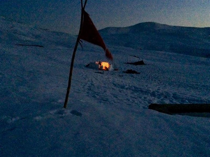 From this far that looks warm and cozy 🏔⛺️🌌 ----------- igloo red ... (Sannin, Mont-Liban, Lebanon)