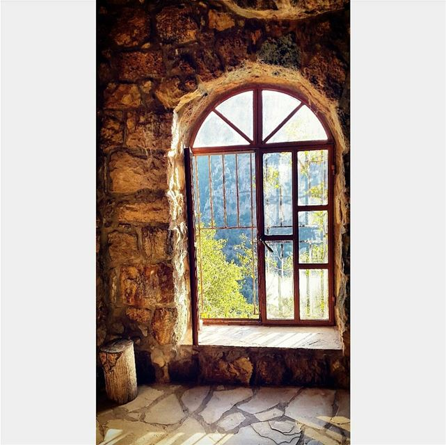 old oldvibes ancient window dayaddict roamtheplanet higherplace ... (Wadi qannoubine)