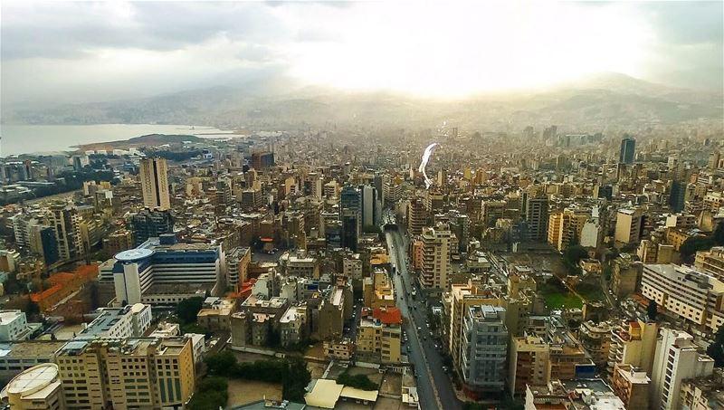 Beirut and above...🇬🇧Good evening!🇱🇧مساء الخير!🇱🇧Masa2 el kheir!� (Beirut, Lebanon)