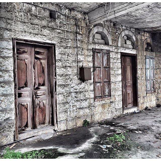 Abandoned House Zalka ,