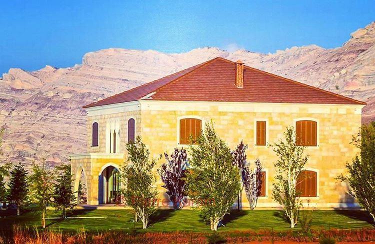 lebanese traditional house mountain trees green بيت لبناني اللقلوق